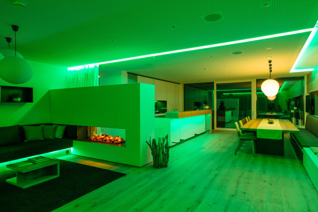 loxone-showhome-lighting-scene-green
