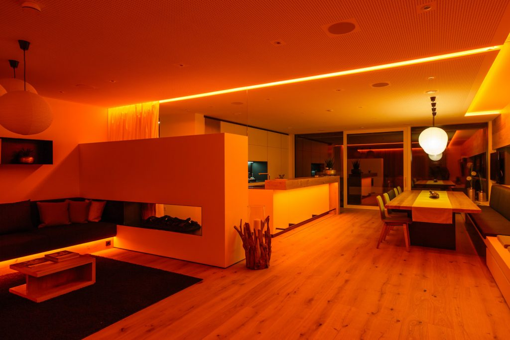 loxone-showhome-lighting-scene-orange